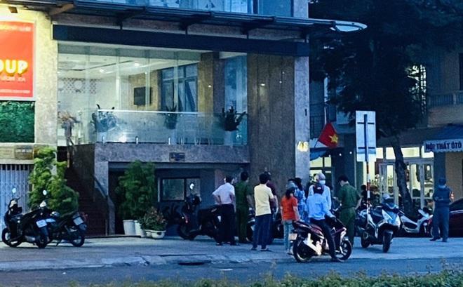 Khẩn: Đà Nẵng phong toả 1 khách sạn, tạm dừng tắm biển sau ca Covid-19 ở cộng đồng