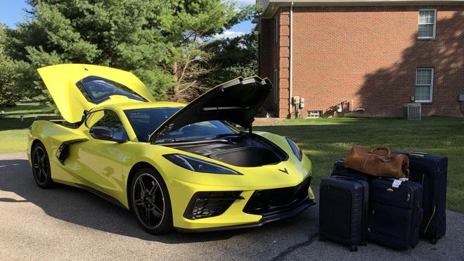 Siêu xe của Mỹ tăng tốc 0-100km trong 2,9 giây, đạt trên 300km/h: Động cơ như VinFast President - Ảnh 2.