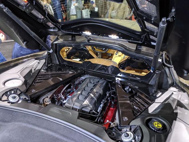 Siêu xe của Mỹ tăng tốc 0-100km trong 2,9 giây, đạt trên 300km/h: Động cơ như VinFast President - Ảnh 3.