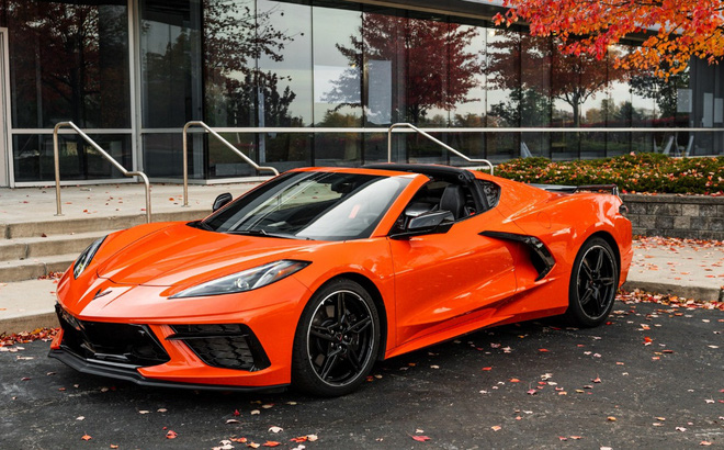 Siêu xe của Mỹ tăng tốc 0-100km trong 2,9 giây, đạt trên 300km/h: Động cơ như VinFast President