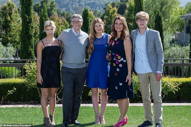 Vợ Bill Gates hé lộ tình trạng thật của hôn nhân và cách chia tài sản, tuyên bố không cần trợ cấp - Ảnh 1.