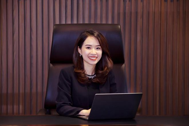 Chân dung nữ chủ tịch ngân hàng trẻ tuổi nhất ngành - Ảnh 1.
