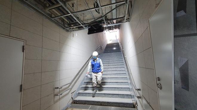 Kiến trúc ấn tượng bên trong ga Ba Son sâu 20m dưới lòng đất - Ảnh 1.