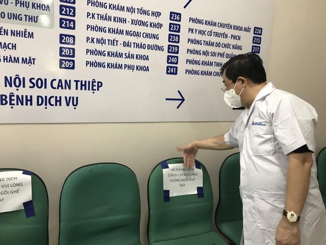PGS.TS Lương Ngọc Khuê: Phải coi tất cả người đến khám là F0 để sàng lọc kỹ, bảo vệ bệnh viện an toàn - Ảnh 4.
