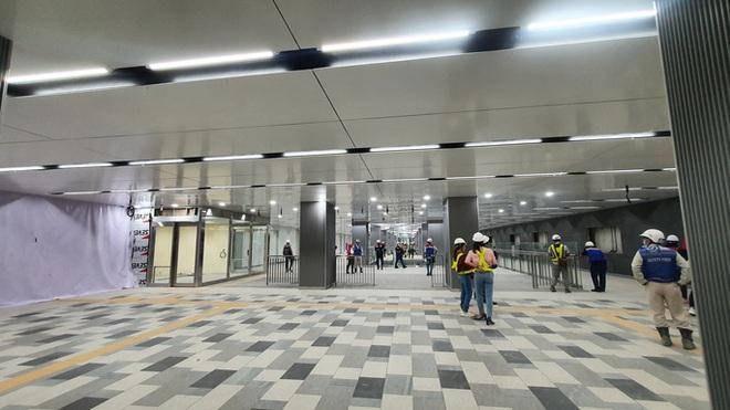 Kiến trúc ấn tượng bên trong ga Ba Son sâu 20m dưới lòng đất - Ảnh 4.