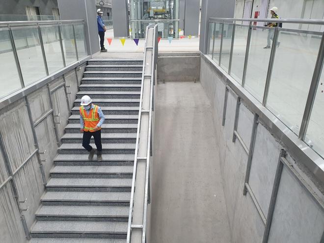 Kiến trúc ấn tượng bên trong ga Ba Son sâu 20m dưới lòng đất - Ảnh 9.