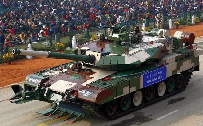 Bất chấp Covid-19, Lục quân Ấn Độ 'cắn răng' mua xe tăng mới?
