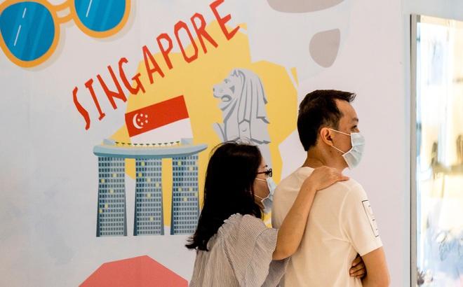 """Sau 10 tháng """"gần như hết dịch"""" Singapore bất ngờ có ổ dịch ở BV công lớn nhất: Cấp tốc áp dụng biện pháp mạnh"""