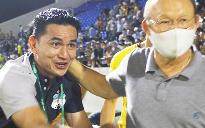 Kiatisak đã giải 'nỗi oan' cho HLV Park Hang Seo