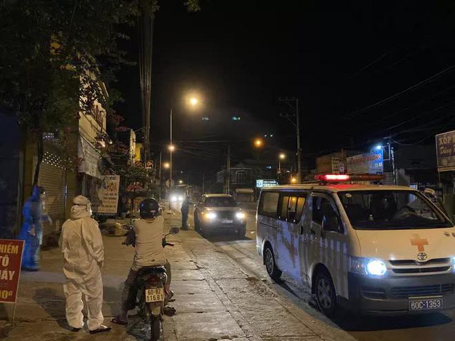Bác sĩ Ca dương tính ở Đồng Nai là quản lý quán bar ở Đà Nẵng - Ảnh 1.
