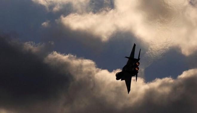 Tấn công bất thường gần căn cứ Nga, Israel thổi bùng căng thẳng ở Syria? - Ảnh 2.