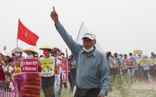 """""""Chính phủ đối lập"""" Myanmar tuyên bố thành lập lực lượng vũ trang, sẵn sàng đối đầu với quân đội"""