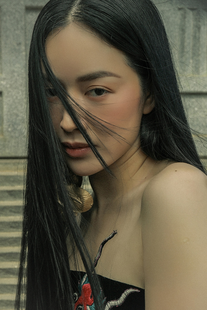 Diễn viên Mai Thanh Hà khoe khéo vẻ gợi cảm, vóc dáng nuột nà - Ảnh 4.