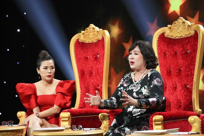 NSND Hồng Vân bật khóc xin lỗi con trai nghệ sĩ Hoàng Sơn vì từng coi thường - Ảnh 3.