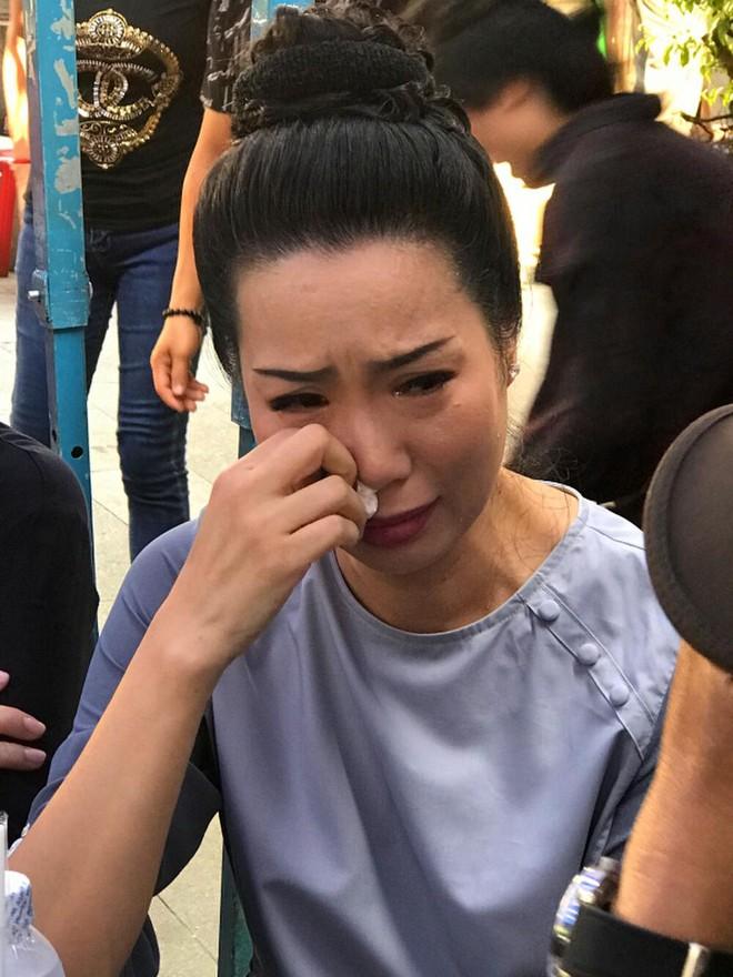 Bà Nguyễn Phương Hằng khiêu chiến Trịnh Kim Chi: Tôi không biết sợ ai đâu, đừng thách đấu tôi - Ảnh 4.