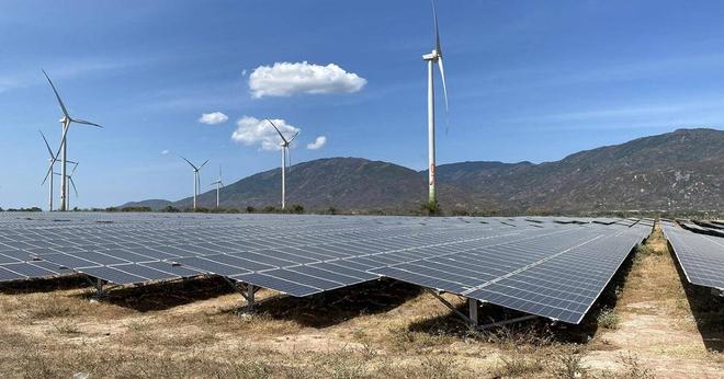Sẽ cắt giảm khoảng 1,7 tỷ kWh điện từ năng lượng tái tạo trong năm 2021 - Ảnh 1.