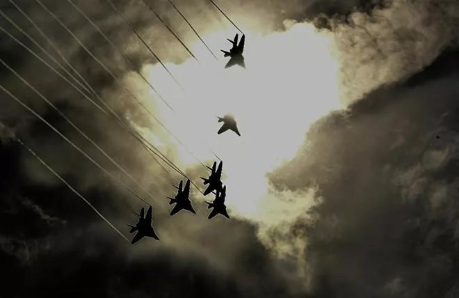 Những điều ít biết về phi đội nhào lộn huyền thoại chuyên bay MiG-29 của không quân Nga - ảnh 1