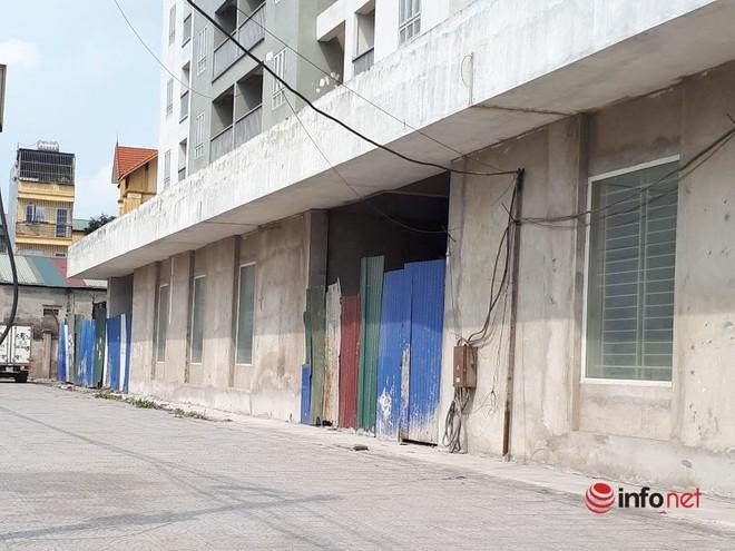 """Loạt chung cư tái định cư """"bỏ hoang"""" giữa Hà Nội nhiều năm, ai nhìn cũng xót xa - Ảnh 7."""