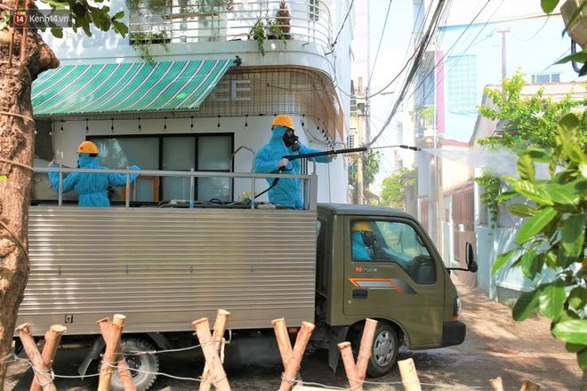 Trưởng khoa của Bệnh viện Quân Y 105 dương tính với SARS-CoV-2; Có 5 người mắc Covid-19, Thái Bình giãn cách xã hội toàn tỉnh - Ảnh 6.