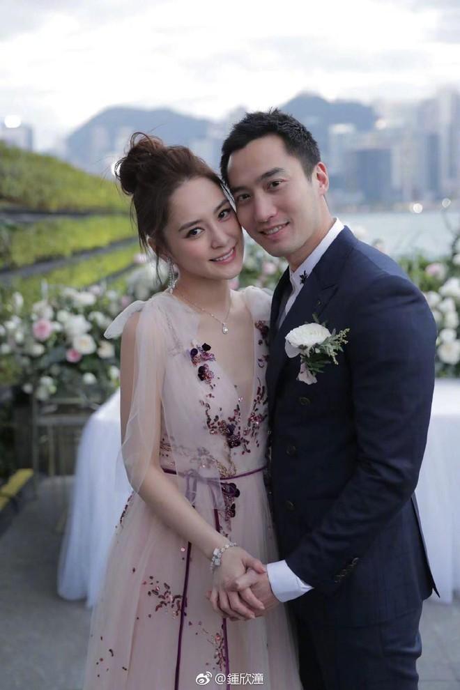 Chung Hân Đồng gây tranh cãi vì 'không trả quà cho bạn trai sau chia tay dù bị đòi' - ảnh 3