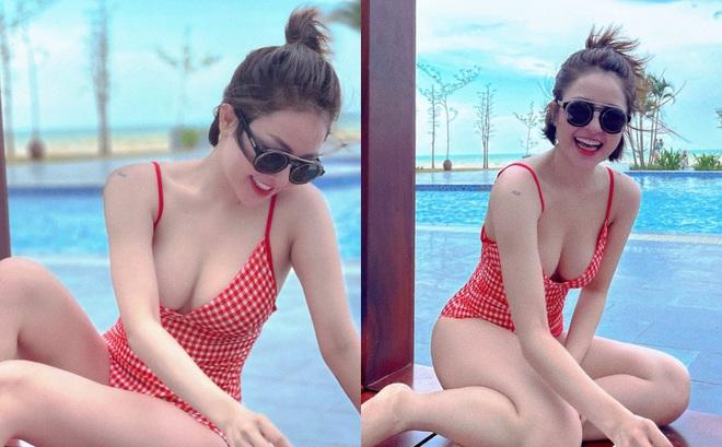 Tung ảnh bikini nóng bỏng nhưng Trâm Anh lại gây chú ý bởi điều này!