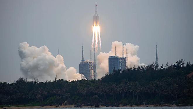 Tên lửa Trung Quốc mất kiểm soát vun vút lao xuống Trái Đất, thời gian chỉ còn tính bằng giờ: Tại sao Mỹ không bắn hạ? - Ảnh 2.