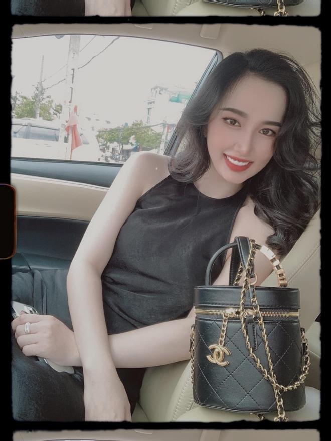 Em vợ Lê Dương Bảo Lâm xinh đẹp không kém hot girl - Ảnh 7.