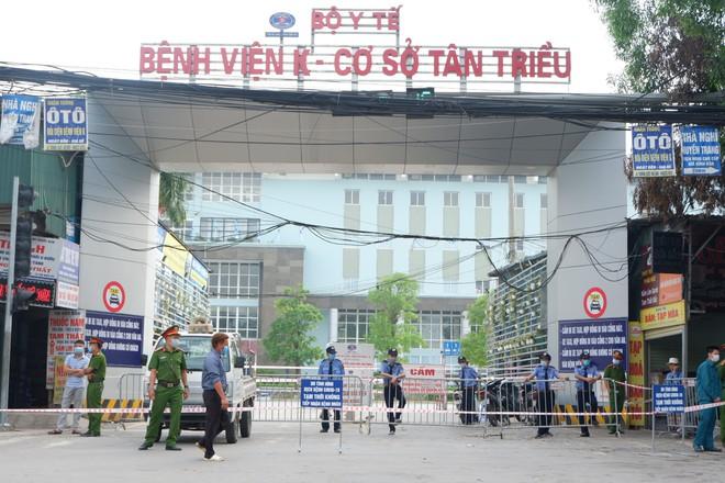 BS Phạm Nguyên Quý: Bài học dập dịch trong 2 tuần của bệnh viện Nhật Bản và điều Việt Nam có thể áp dụng để chặt đứt đường lây - Ảnh 1.
