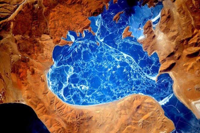 Cảnh tượng ngoạn mục của Trái Đất khi nhìn từ vũ trụ - ảnh 9
