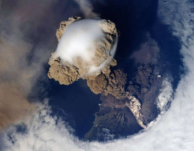 Cảnh tượng ngoạn mục của Trái Đất khi nhìn từ vũ trụ - ảnh 12