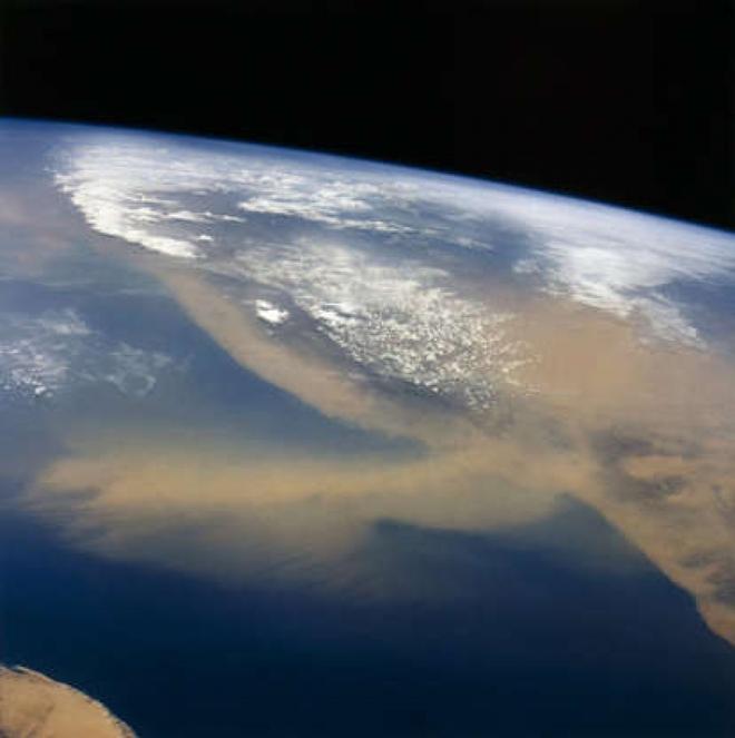 Cảnh tượng ngoạn mục của Trái Đất khi nhìn từ vũ trụ - ảnh 13