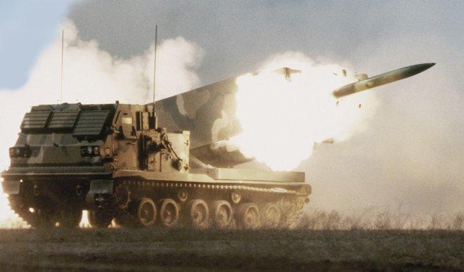Nóng: Mỹ cả gan phóng 6 quả tên lửa về phía biên giới Nga, đòn đáp trả đang đến? - ảnh 1