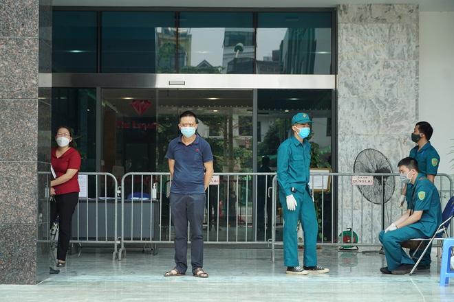 Một phụ nữ bị ngất xỉu ở Campuchia, được đưa về Việt Nam bằng xe máy và tử vong ở BVĐK Đồng Tháp - Ảnh 1.