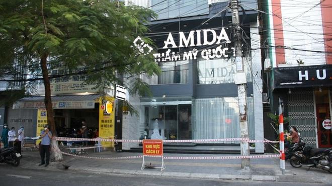 Nữ tổng giám đốc thẩm mỹ viện Amida mắc Covid-19; Hà Nội: Cách ly y tế tầng 20 tòa nhà The Legacy, 10 F1 liên quan tới bệnh nhân đang mang thai - Ảnh 2.