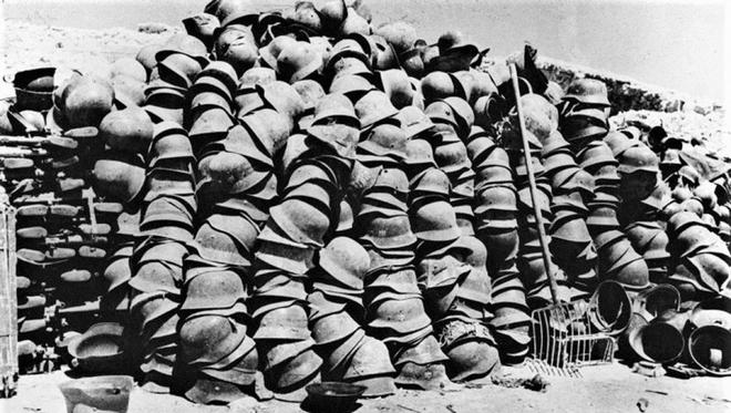 Thế chiến II dưới ống kính nhiếp ảnh gia huyền thoại Yevgeny Khaldei - ảnh 21