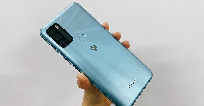Số phận chiếc điện thoại cuối cùng của VinSmart - Ảnh 1.