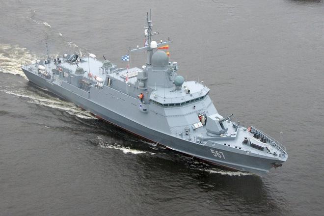 Phát hiện 2 tàu chiến Iran áp sát sân sau, Mỹ khẩn cấp ứng phó - TT Putin đi nước cờ đẳng cấp và hiểm hóc: Ai dám cứng với Gấu Nga? - Ảnh 1.