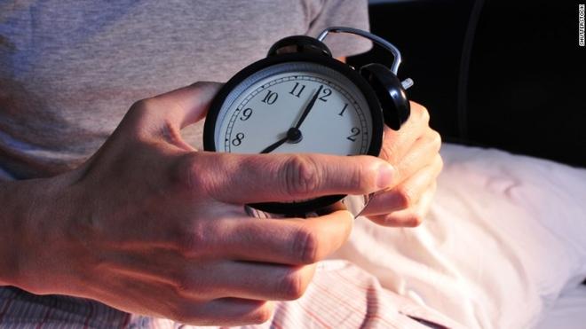 8 cách rèn luyện não bộ để có giấc ngủ ngon hơn - Ảnh 3.