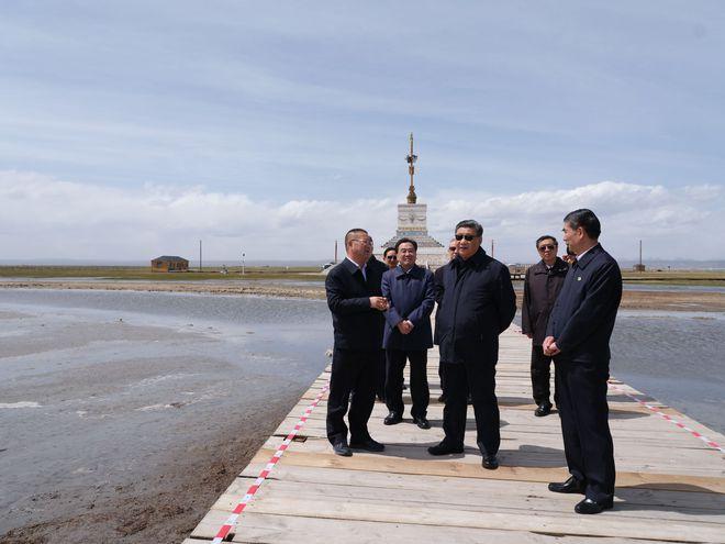 Bốn nguyên thủ nổi tiếng thế giới Tập-Putin-Kim-Biden khi đeo kính râm trông sẽ như thế nào? - Ảnh 4.
