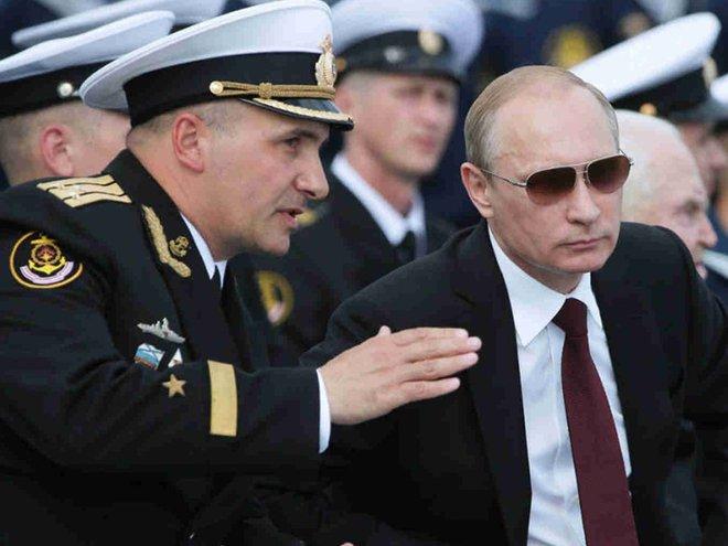 Bốn nguyên thủ nổi tiếng thế giới Tập-Putin-Kim-Biden khi đeo kính râm trông sẽ như thế nào? - Ảnh 9.