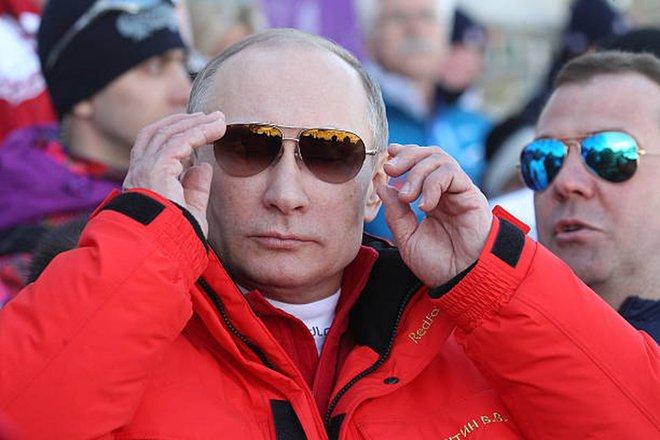 Bốn nguyên thủ nổi tiếng thế giới Tập-Putin-Kim-Biden khi đeo kính râm trông sẽ như thế nào? - Ảnh 10.