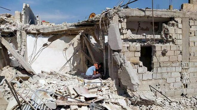 Chuyến bay bí ẩn vào Damascus: Tại sao Israel lại tấn công Syria? - Ảnh 1.