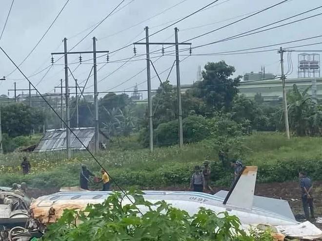 Myanmar: Máy bay quân sự gặp nạn, ít nhất 20 người thương vong - ảnh 1