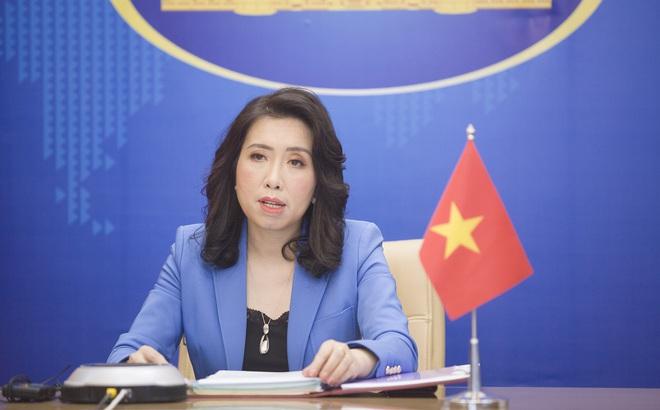 Việt Nam trả lời thông tin tàu TQ và 1 tàu được cho là của VN cùng xuất hiện gần Hoàng Sa