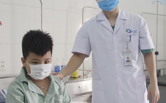 Đau bụng đột ngột, bệnh nhi 7 tuổi phát hiện bệnh lý hiếm gặp