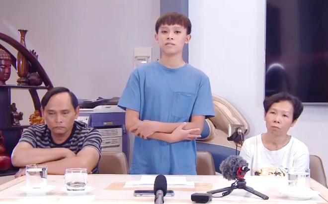 Hồ Văn Cường kể xấu Phi Nhung điều gì mà bố mẹ ruột phải quay clip đính chính, nói rõ sự thật?