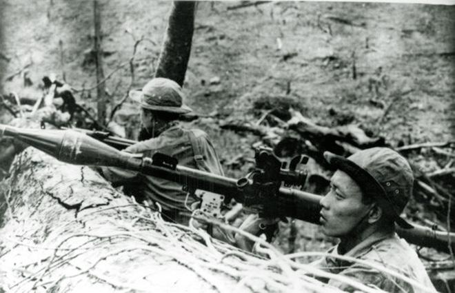 Báo Nga: Việt Nam bắn hạ 128 trực thăng Mỹ bằng súng chống tăng B41 - Chiến công có 1-0-2 - Ảnh 4.