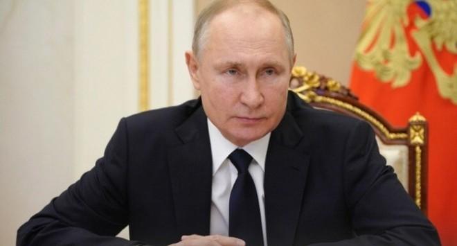 Tổng thống Putin tặng Ukraine cái tát trời giáng - Tàu chiến Mỹ mang hàng chục tên lửa Tomahawk tiến về Biển Đen! - Ảnh 1.