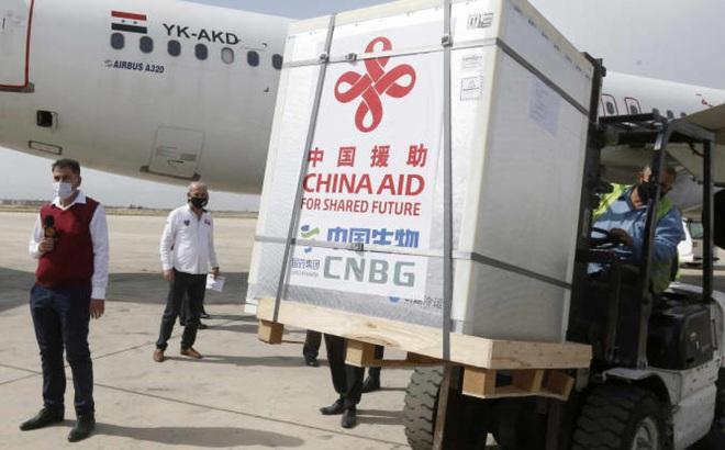 """Mỹ trở thành """"đối thủ cạnh tranh đáng gờm"""" của Trung Quốc trong ngoại giao vaccine"""