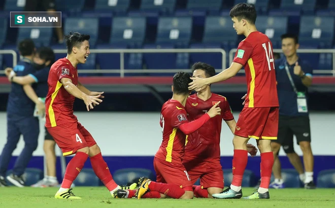 """Cựu thủ môn Dương Hồng Sơn: """"Việt Nam sẽ khắc chế Malaysia dễ hơn trận thắng Indonesia!"""""""
